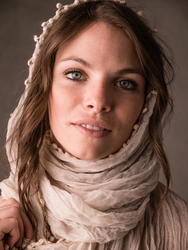 Anna Goldstein 4-1-14-100
