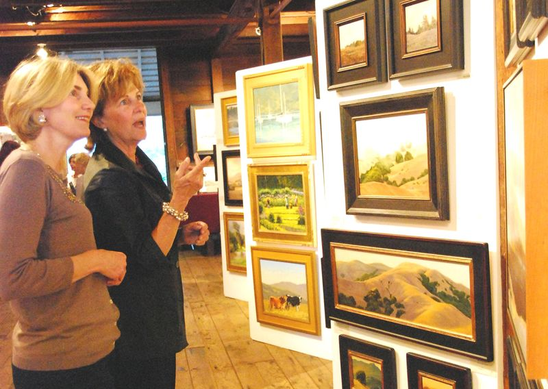 Art Enthusiasts Judi Cooper on left, Elaine Purcell of San Rafael at MarinScapes, 5x3.5, 300dpi