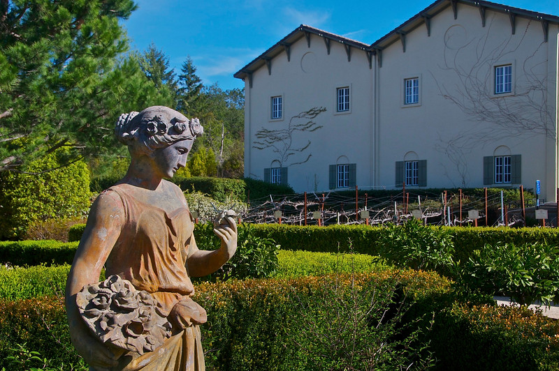 Tasting_rooms_wineries_Chateau_St_Jean_Sonoma_County_006-L