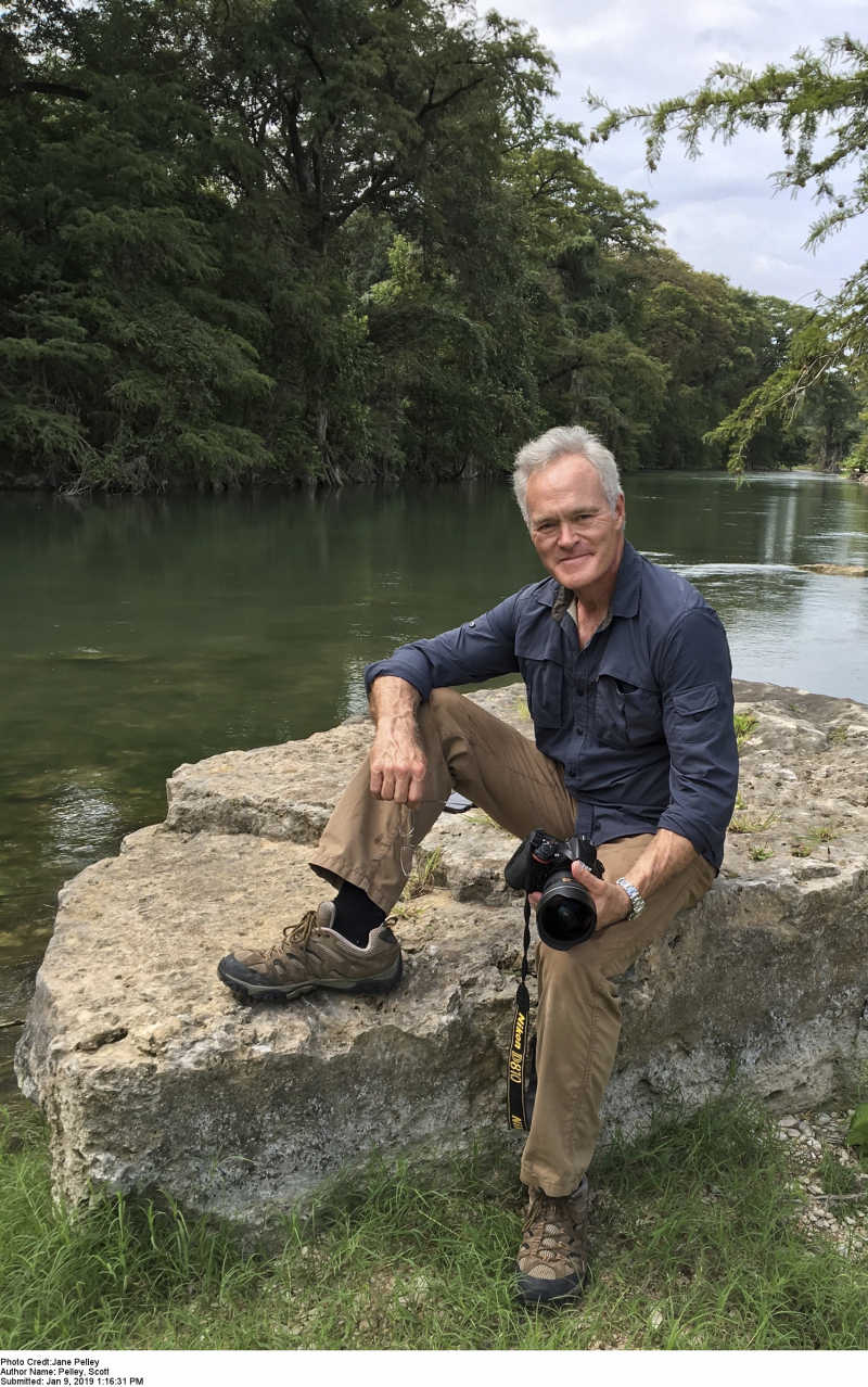 Scott-Pelley-author-photo-credit-Jane-Pelley