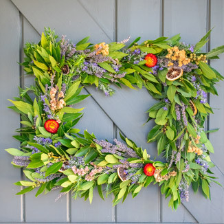 Mcevoy-ranch-spring-wreath-making-workshop-wreath