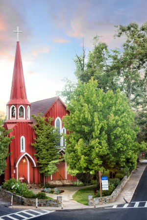 1223-downtown-sonora-red-church_credit-menka-belgal-thumb