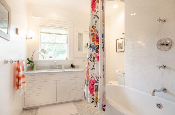 Victorian-bathroom-680x450